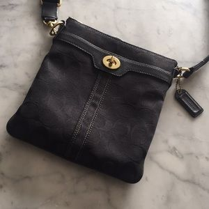 Coach Crossbody Bag-black